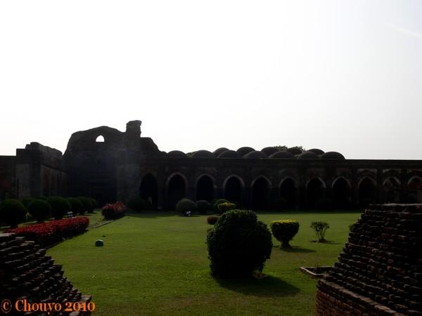 Pandua Mosquée Adina 2