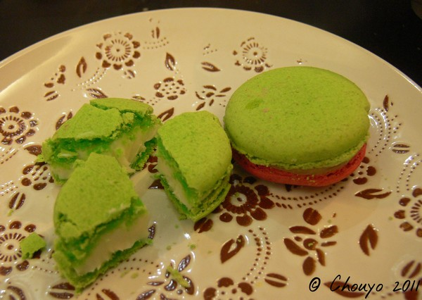 Bombay Macarons paan et chilly