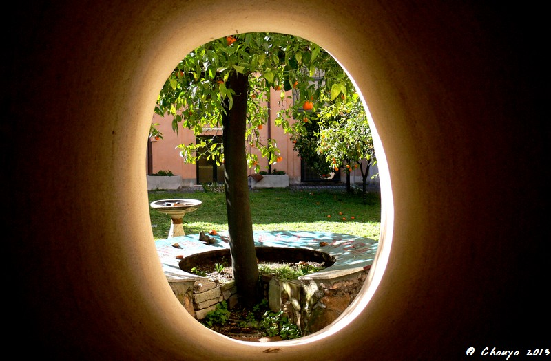 Rome Through the Hole